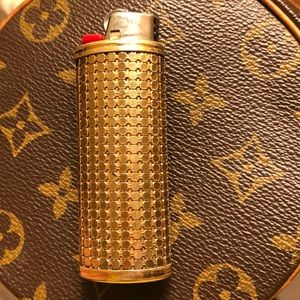 Whiting and Davis vintage lighter cover